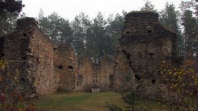 Świętokrzyskie: tajemnicze ruiny zboru ariańskiego na górze Św. Michał w Gruszczynie