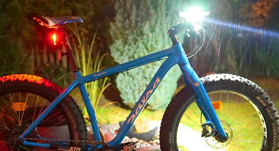 Ratgeber: Helle Akku-Leuchten für den dunklen Fahrradherbst