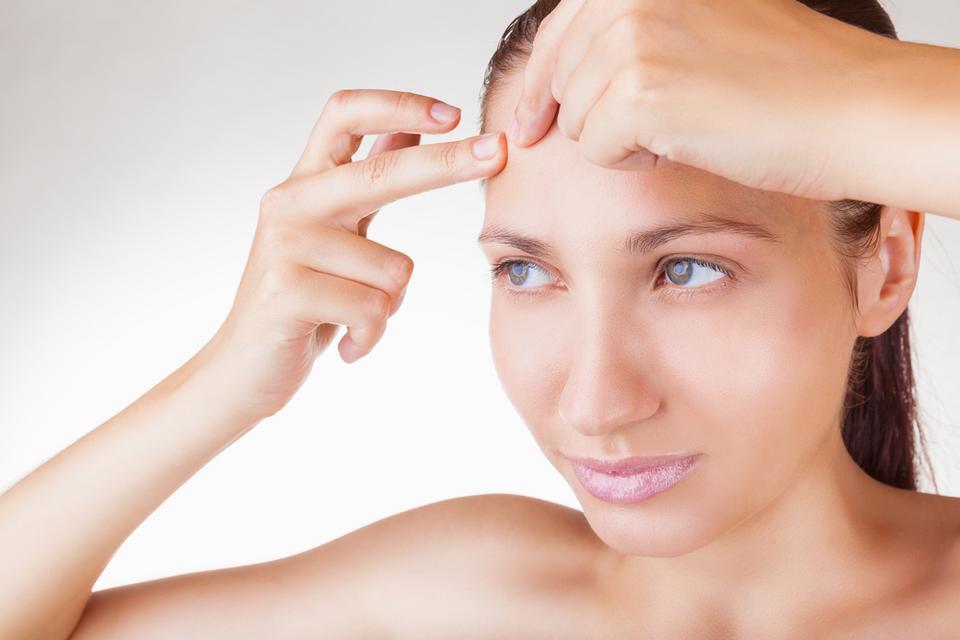 4. Rumianek łagodzi podrażnienia skóry, poprawia wygląd cery i włosów