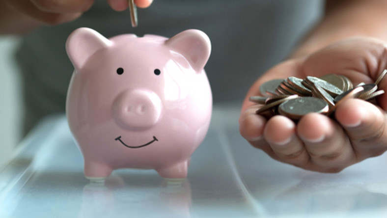 emerytura, oszczędności, pieniądze, emeryt, kasa/fot.Shutterstock