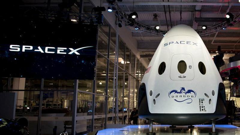 NASA powierza załogowe misje SpaceX
