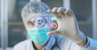 Opiekunowie medyczni mają pomóc w wykonywaniu testów na koronawirusa