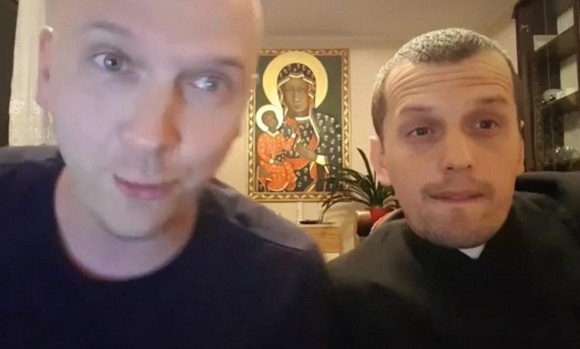 """Jackek """"Heres"""" Zajkowski i ksiądz Adam Ulatowski"""