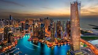"""Dubaj będzie pobierał podatek """"od wylotu"""". Nawet przy międzylądowaniu"""
