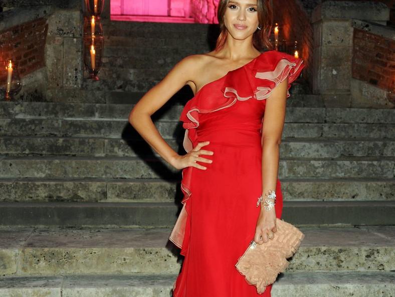 Jessica Alba w sukni Valentino
