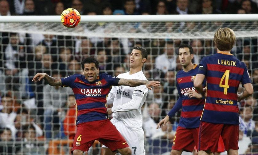 Dani Alves uważa, że Neymar jest lepszy od Cristiano Ronaldo