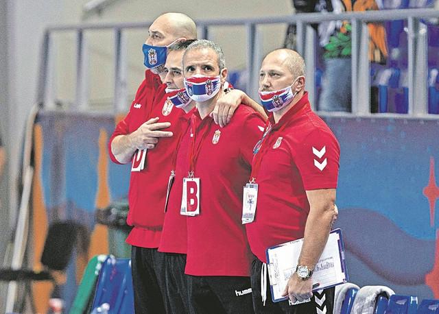 Selektor Toni Đerona sa pomoćnicima u stručnom štabu rukometne reprezentacije Srbije