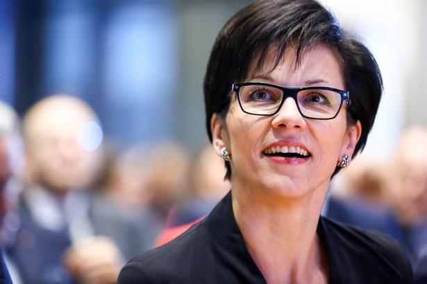 """""""Niedawno, 5 września, padł historyczny rekord wolumenu kontraktów akcyjnych na sesję – 11873 szt."""" – powiedziała, cytowana w komunikacie, prezes GPW Małgorzata Zaleska."""