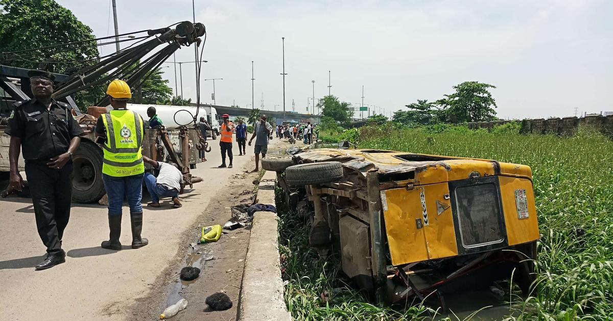 29 passengers rescued unhurt in Lagos canal accident - Pulse Nigeria