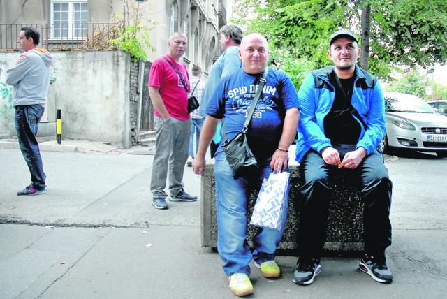 Spremni na montažersko-građevinske poslove u Nemačkoj: Aleksa Stamenković i Darko Krstić čekaju na radne vize