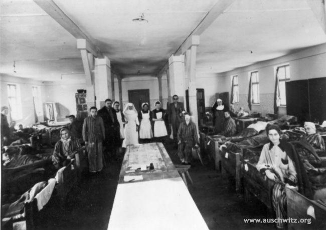 Szpital Obozowy PCK dla wyzwolonych więźniów
