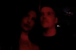 Sloba novu devojku poveo na nastup, pa joj zapevao pesmu zbog koje Luna u Zadruzi roni suze! VIDEO