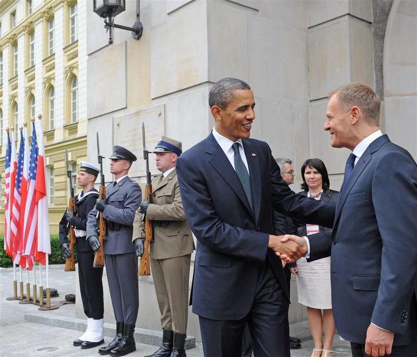 O rety! Wiemy, co Tusk dał Obamie! To...