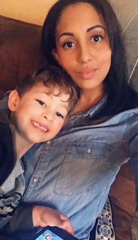 Loren Fulbruk i mali Alfi: prvi simptom korone kod dečaka bio je hrapav glas