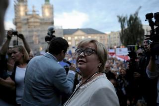 Mucha: Była prezes Małgorzata Gersdorf jest sędzią w stanie spoczynku. To Józef Iwulski kieruje pracami SN [WYWIAD]