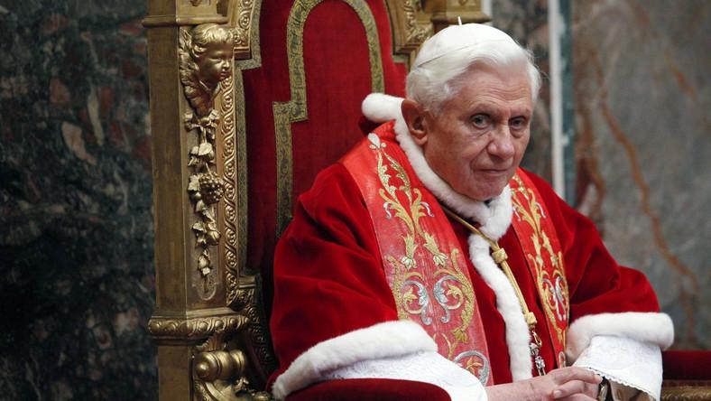 Papież cieszy się po polsku z beatyfikacji Jana Pawła II