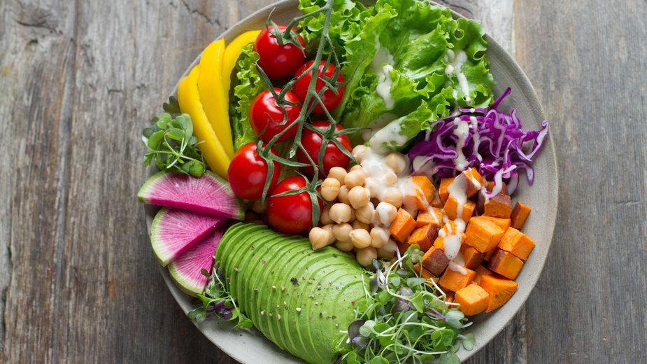 Wiele warzyw i owoców zawiera duże ilości magnezu -   Anna Pelzer/unsplash.com