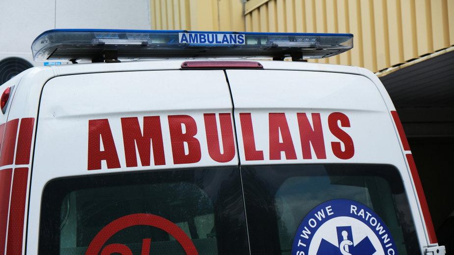Warszawa: pobił ratowników i zdemolował karetkę pogotowia
