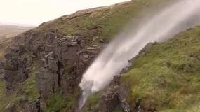 Wodospad przez chwilę płynął w górę. Jak to możliwe?