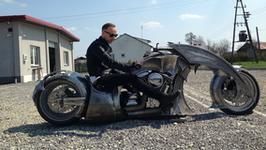Nergal sprzedaje swój kosmiczny motocykl. Cena jest również kosmiczna!