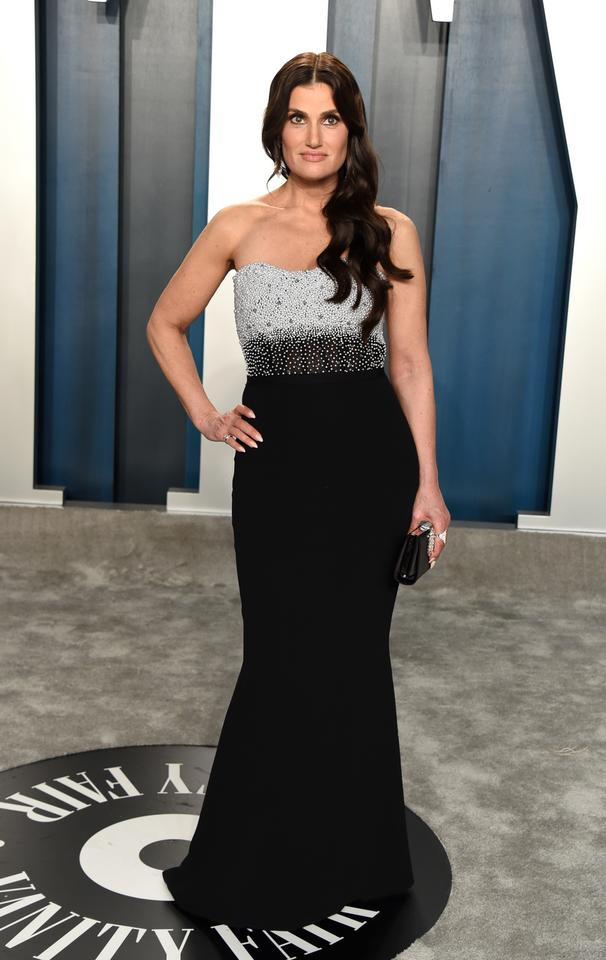 Oscary 2020: Idina Menzel na Vanity Fair Oscar Party