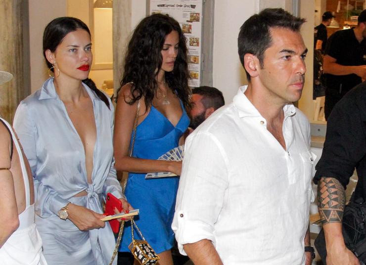 VLASNIK FIRMI I LUKSUZNIH HOTELA Ko je milijarder Emir, novi dečko Adrijane Lime koji PLIVA U NOVCU