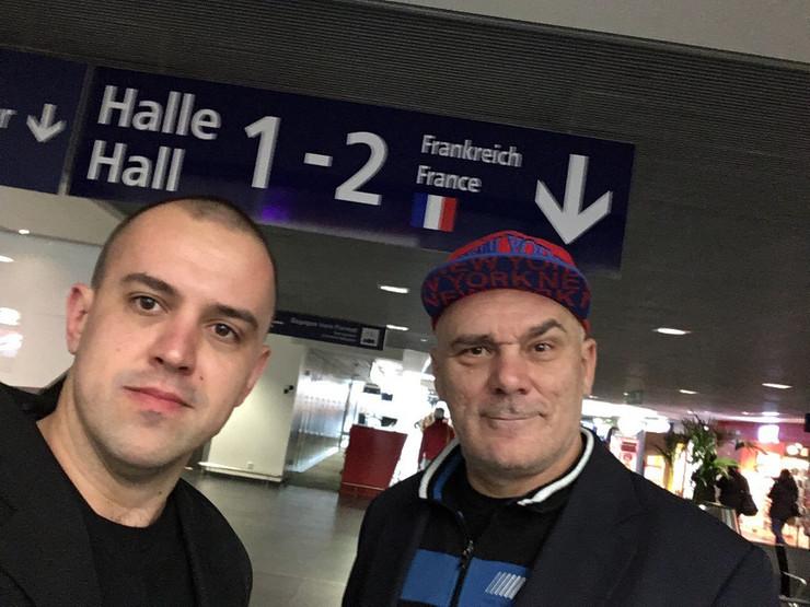 Branko Kujundzić i Zoran Ristanović na aerodromu u Budimpešti