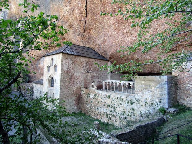 Monastyr San Juan de la Peňa