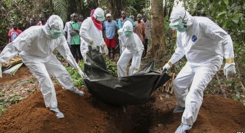Ebola crisis: Liberia boy dies after fresh cases