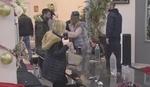 SKANDAL U ZADRUZI Miljan divljao, bacao sve oko sebe, napao Đeksona, razdvajalo ih obezbeđenje! (VIDEO)
