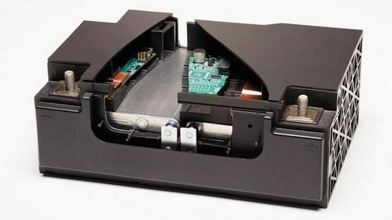 Akumulator litowo-tytanowy