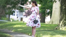 """""""Miss Meadows"""": zwiastun nowego filmu z Katie Holmes"""