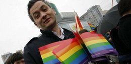 Posłowie wyśmiali Biedronia. Są homofobami?