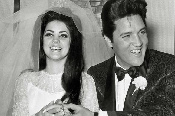 Šokantni detalji braka PRISILE I ELVISA PRISLIJA: Kad je ovo otkrila o legendarnom pevaču, SVET SE SABLAZNIO