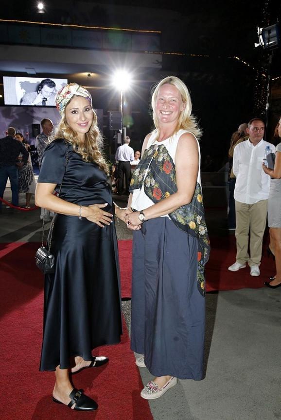 Tamara Grujić i Kristina Radenković