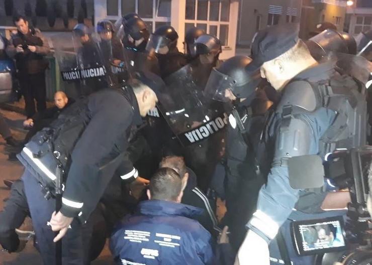 Policija deponija Mostar