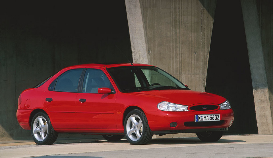 Ford Mondeo (87 932 szt.)