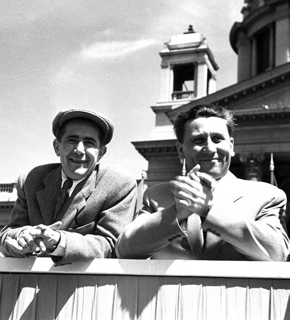 Sa Đilasom na prvomajskoj paradi 1951.