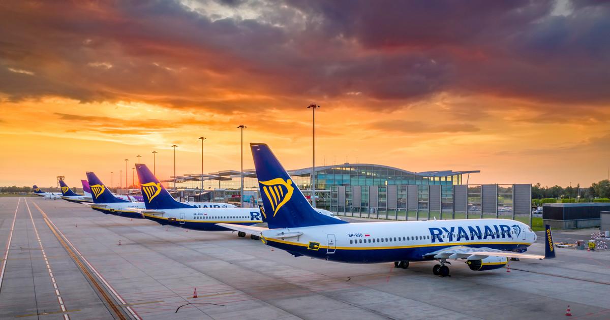 ¿Vacaciones en 2021 solo con agencia de viajes?  Ryanair planea 700 vuelos por semana [WYWIAD]