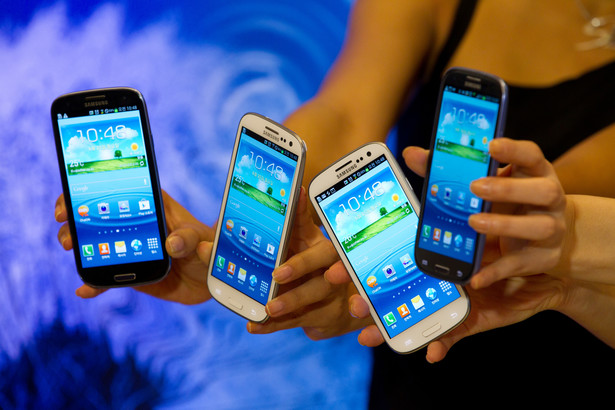Ława przysięgłych sądu w San Jose, doszła do wniosku, że Samsung naruszył sześć spośród siedmiu patentów Apple na urządzenia mobilne.
