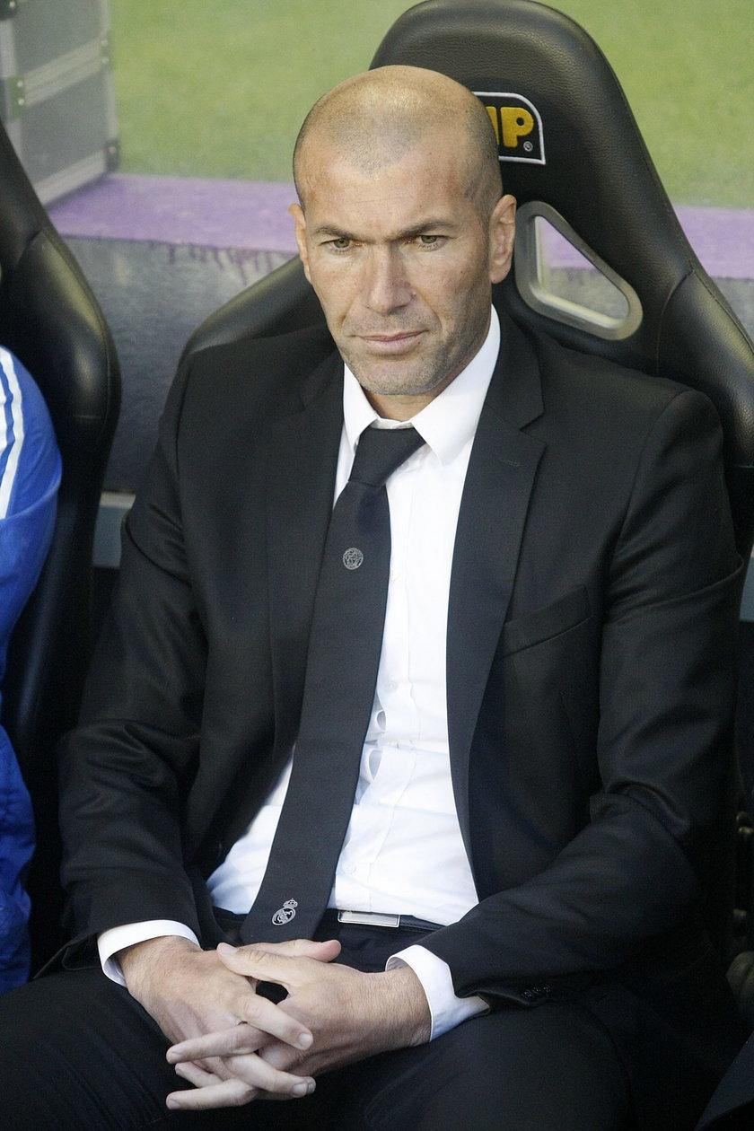 Szybki koniec Beniteza? Rivaldo wskazał nowego trenera