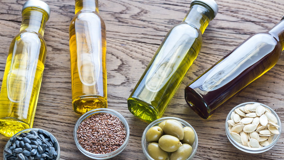 Oleje roślinne – rodzaje, właściwości i zastosowanie