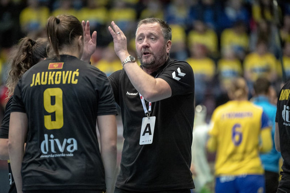 Selektor Crne Gore Per Johansen savetovao je izabranice