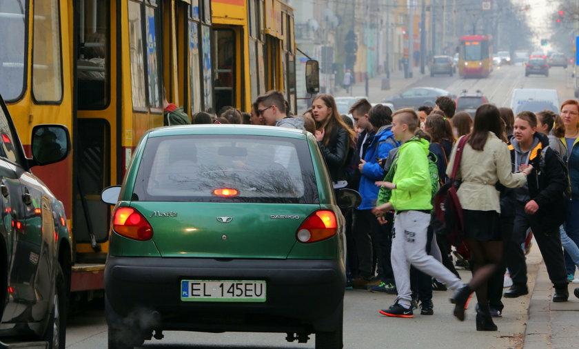 Komunikacja w Łodzi po zmianach. Chaos w rozkładach jazdy MPK Łódź