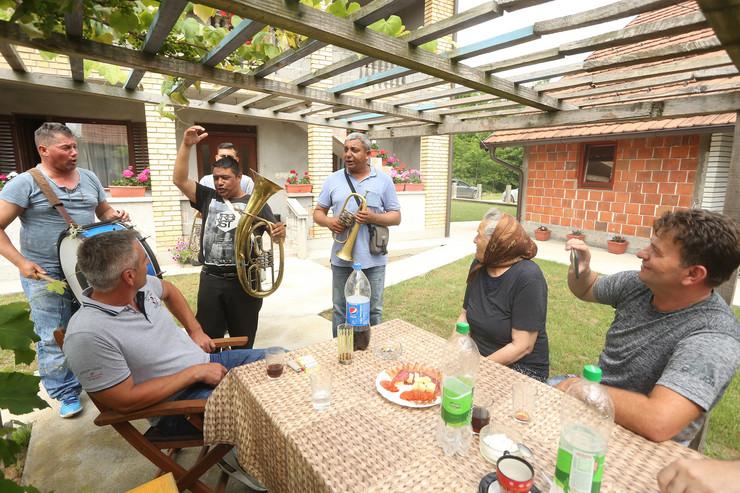 trubaci kod porodice Jovic
