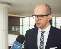 Prezes UKE: do 2020 roku wprowadzimy regionalne testy 5G. Konkurencja jest duża