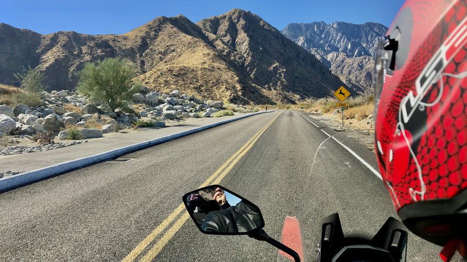 W drodze z Palm Springs do stacji kolejki na San Jacinto