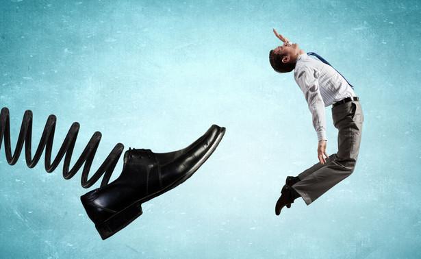 W przypadku, gdy pracownik nie zgadza się z wypowiedzeniem, ma 21 dni od otrzymania pisma od pracodawcy na odwołanie się do sądu pracy.