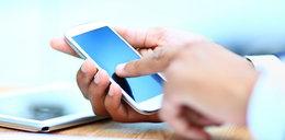 Nie dotykaj cudzego telefonu. Możesz zachorować