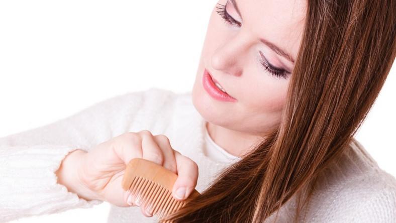 Czy wypadanie włosów po ciąży powinno niepokoić?